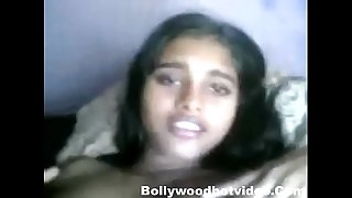 Desi Girl Shanvi homemade sex with boyfriend